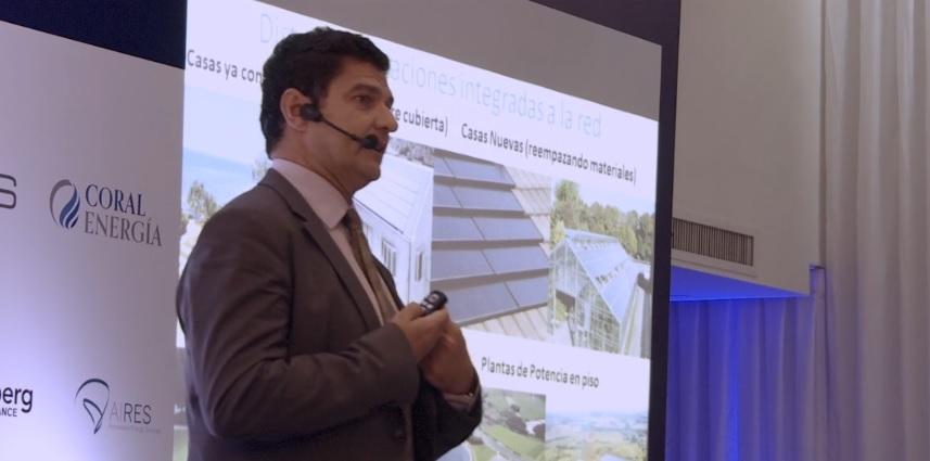 Marcelo Álvarez y una presentación sobre los beneficios de impulsar la generación distribuida con energías renovables