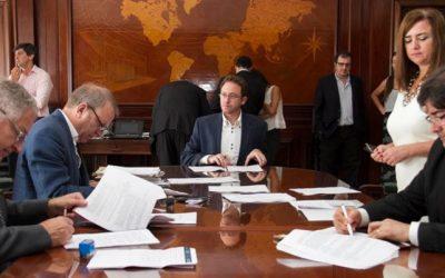 Se firmaron tres nuevos contratos de energías renovables adjudicados en la Ronda 1.5
