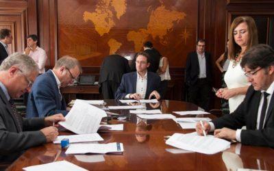 Programa RenovAr: próxima semana concluye firma de contratos de energías renovables