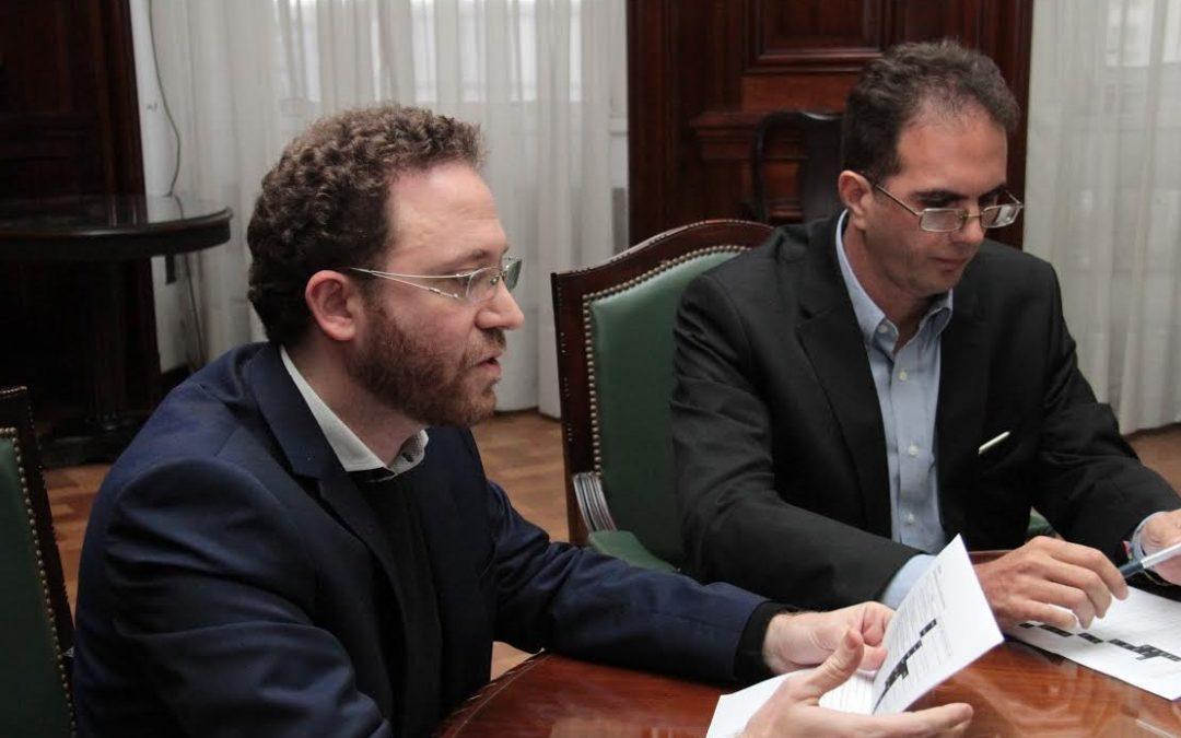 El Gobierno firmó contratos para 16 proyectos de energías renovables por US$ 1200 millones