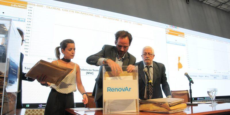 Se prorroga la firma de contratos de la ronda 3 del Programa RenovAr
