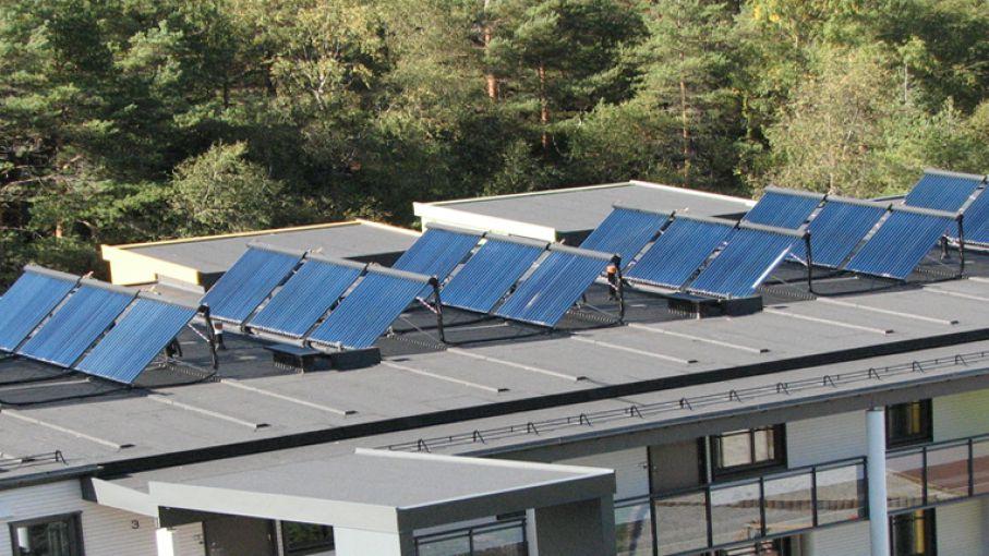 CADER planteó a las autoridades actualizar normativas de generación distribuida y energía solar térmica